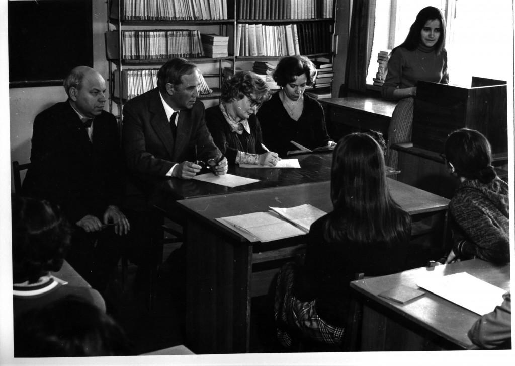 """Защита дипломов студентами специальности """"Библиотековедение и библиография"""""""
